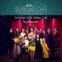 先日の木曜日は、いつも大変お世話になっている錦糸町シルクロードカフェ様にてEmemoanaが出演をさせて頂きました。